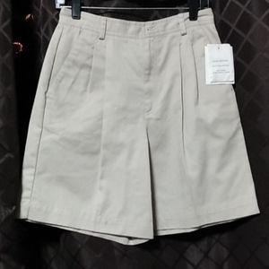 Women's beige shorts NWT size 8